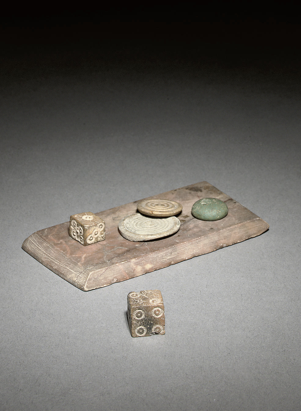 A GROUP OF ROMAN DICE, GAMING