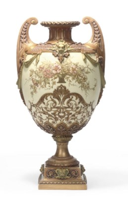 A LARGE ROYAL WORCESTER TWO-HA