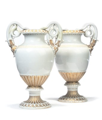 A PAIR OF MEISSEN WHITE AND GI