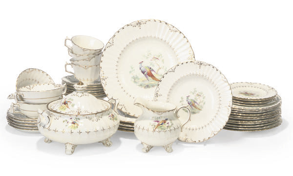 A ROYAL CROWN DERBY PART DINNE