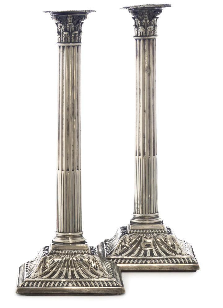 A PAIR OF GEORGE III IRISH SILVER CORINTHIAN COLUMN CANDLESTICKS
