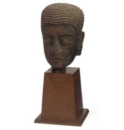 A THAI FRAGMENTARY STONE HEAD