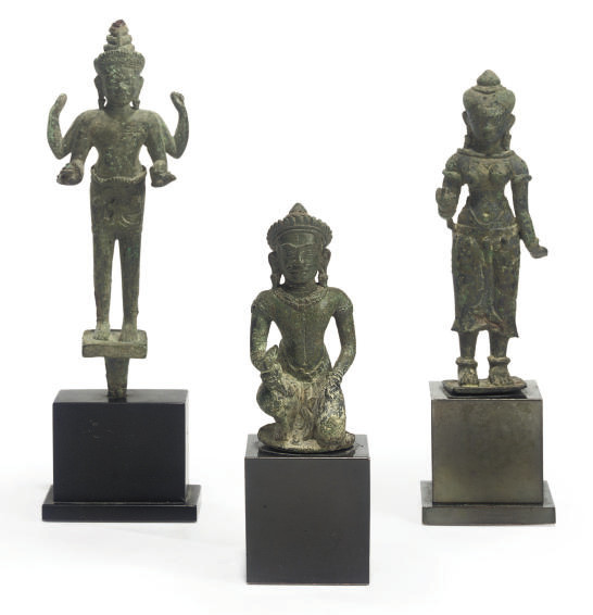 A KHMER BRONZE FIGURE OF VISHV