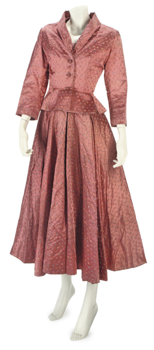 HARTNELL COUTURE, A FINE ROSE-