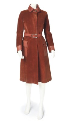 GUCCI, A SUEDE COAT WITH SERPE