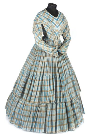 A CHECK COTTON DAY DRESS