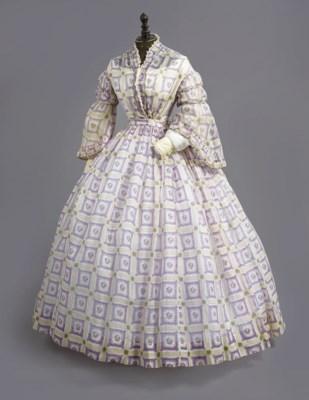A LILAC PRINT MUSLIN DAY DRESS