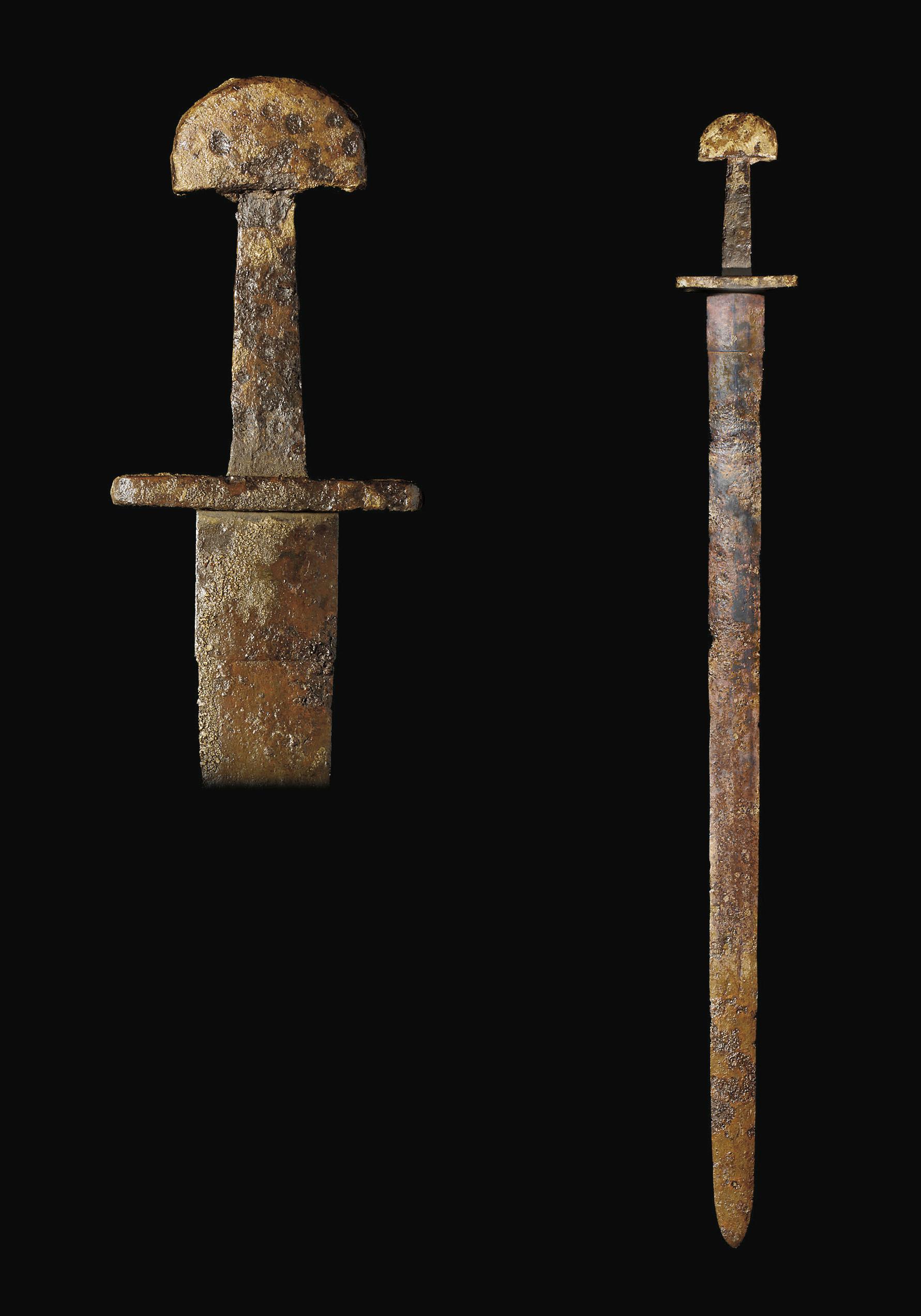 A FINE VIKING SWORD