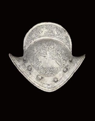A GERMAN ETCHED COMB MORION