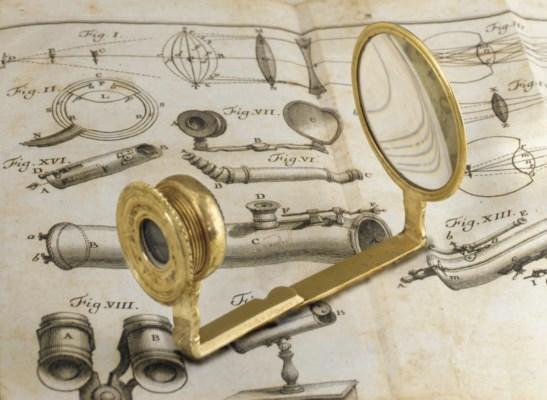 Collapsible Italian Microscope