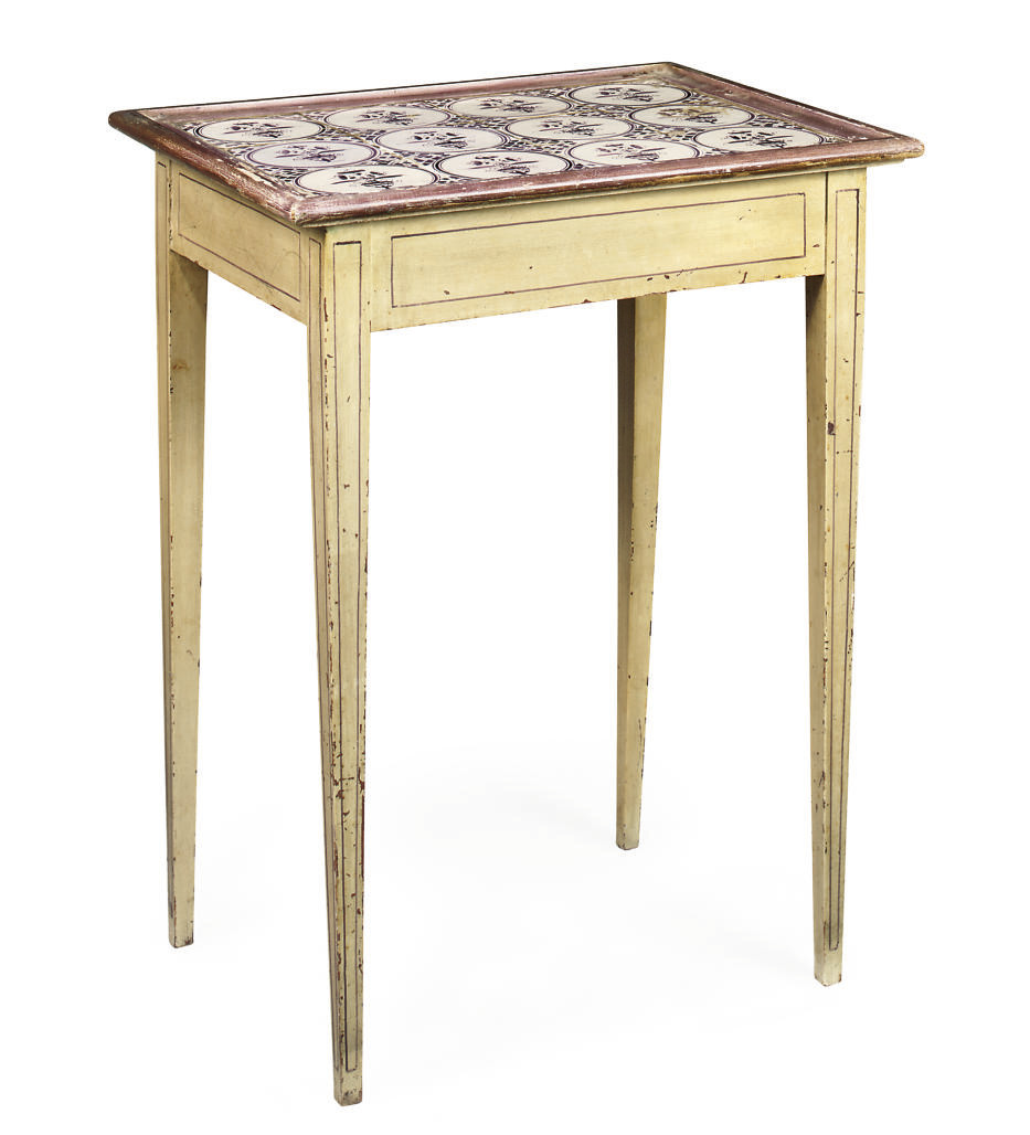 A SWEDISH CREAM AND MAUVE PAINTED LAMP TABLE