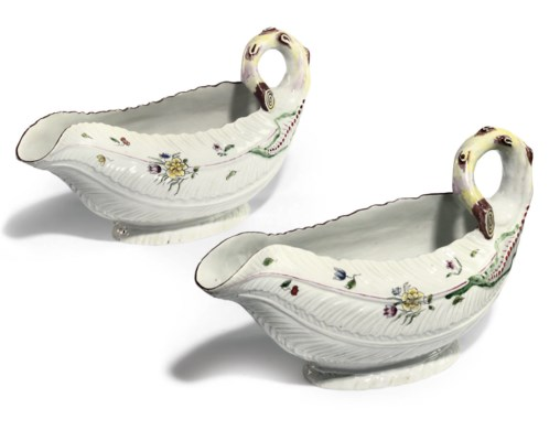 A PAIR OF WORCESTER COS-LETTUC