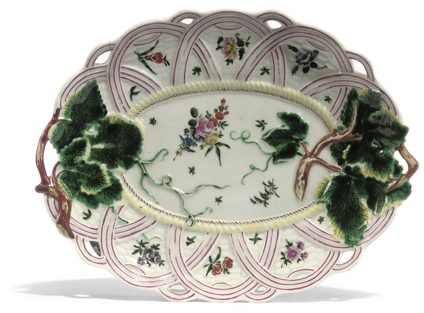 A WORCESTER TWO-HANDLED PIERCED SHAPED OVAL DISH