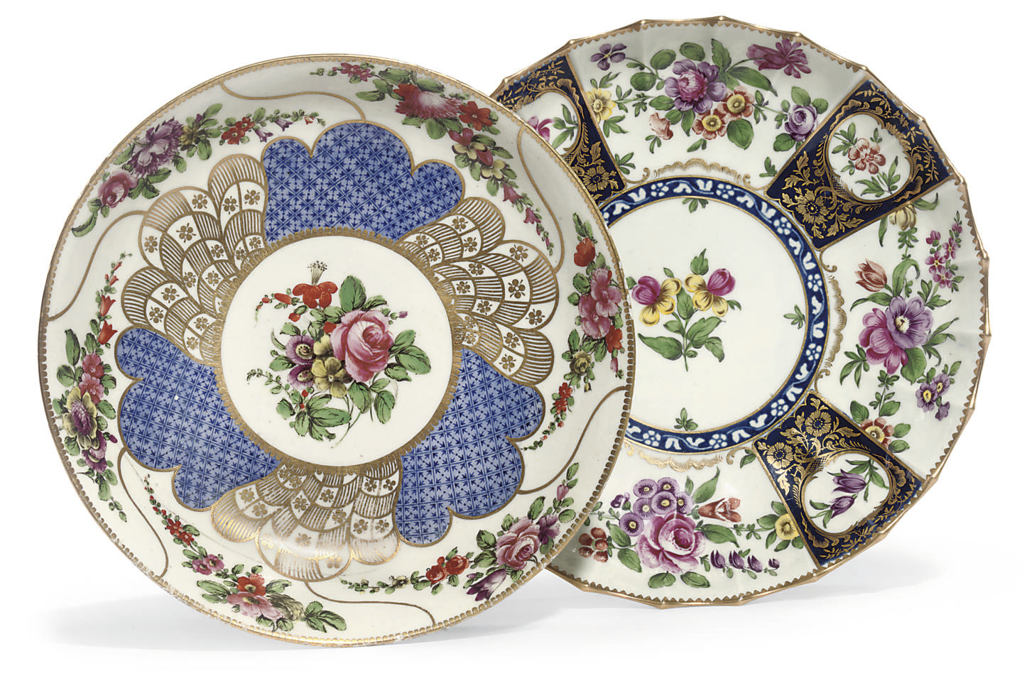 TWO WORCESTER SAUCER DISHES