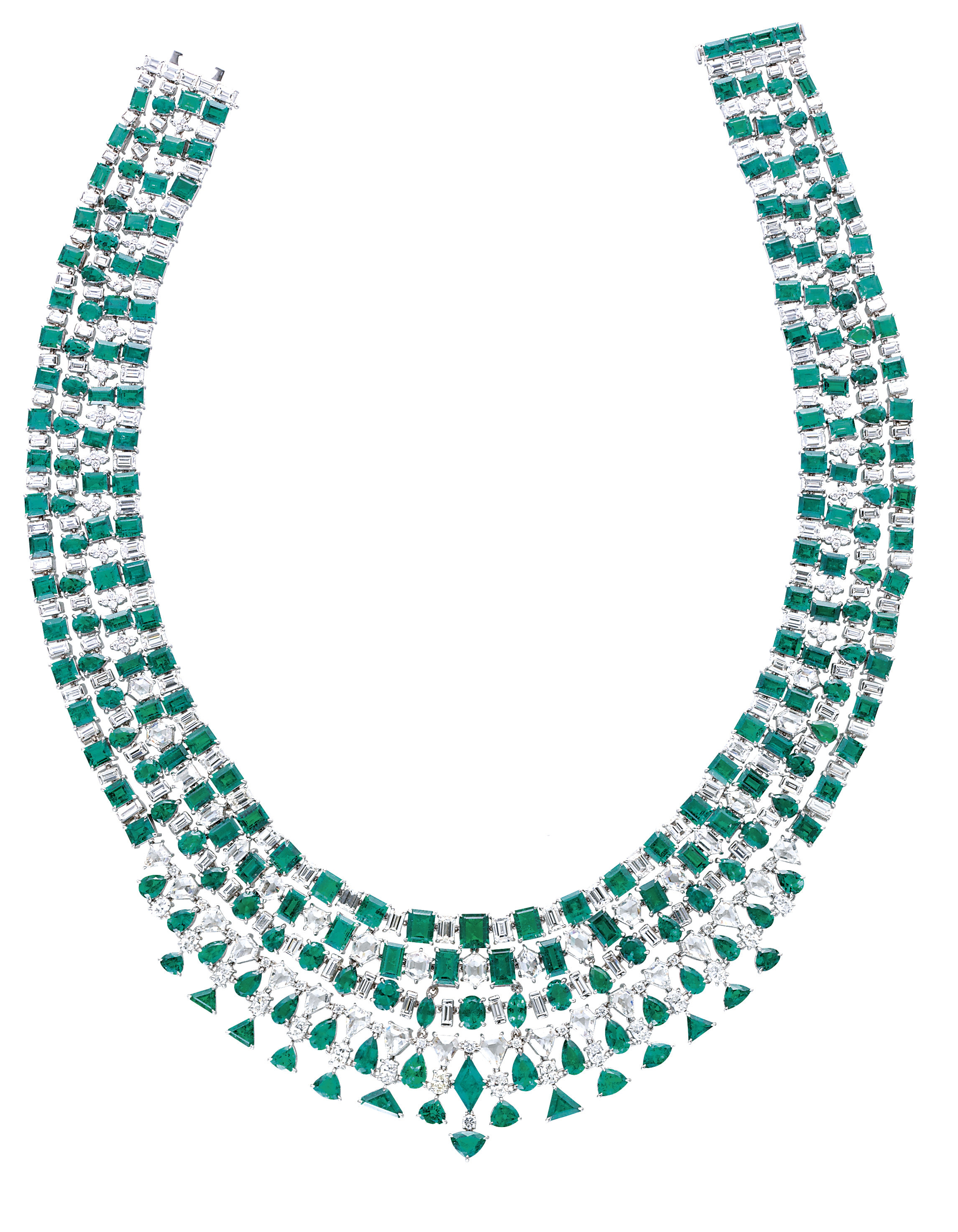 A STRIKING EMERALD AND DIAMOND
