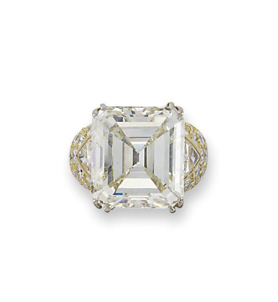 A DIAMOND SINGLE-STONE RING, BY REPOSSI