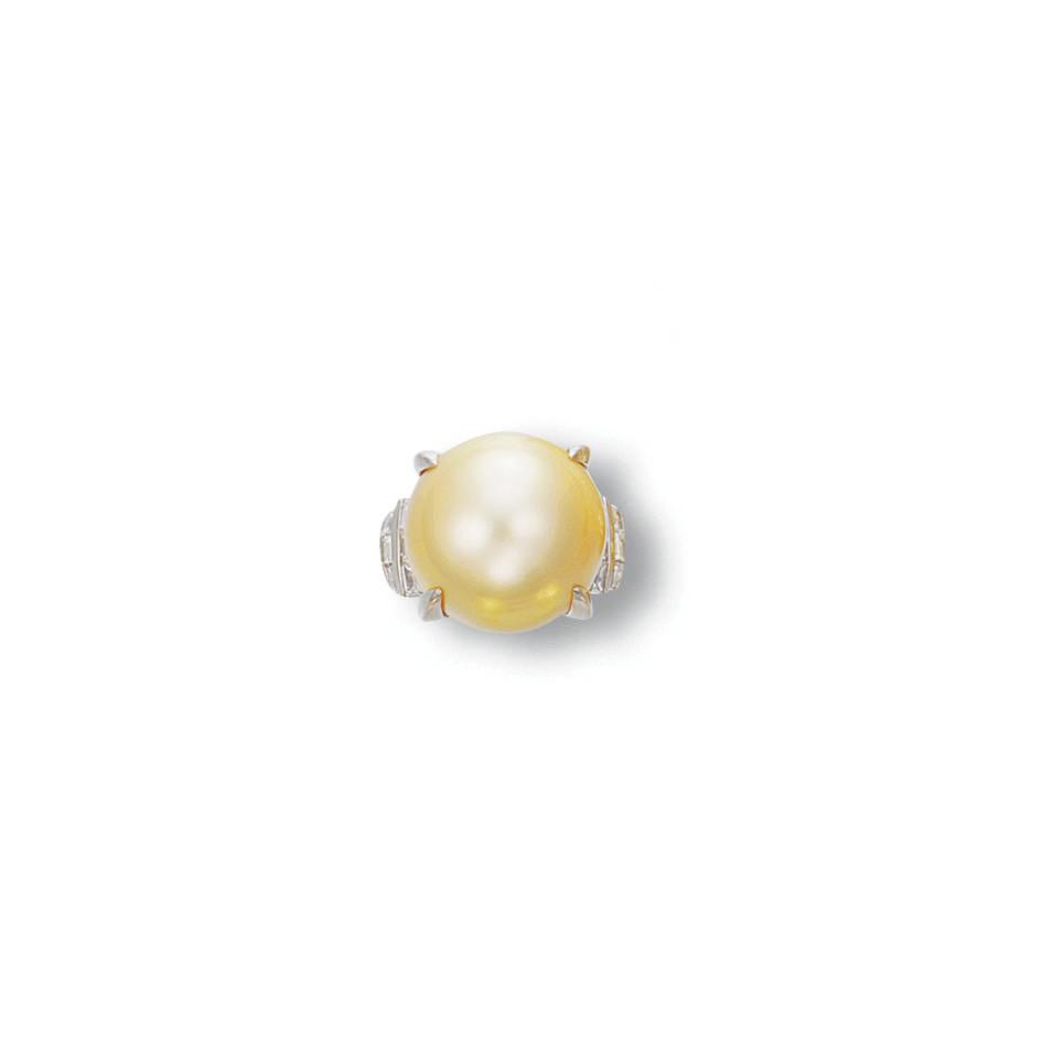 A GOLDEN CULTURED PEARL AND DI