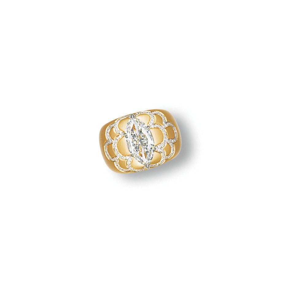 A 'CHAMELEON' DIAMOND AND DIAM