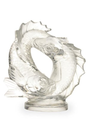 A FRENCH GLASS SCULPTURE OF EN