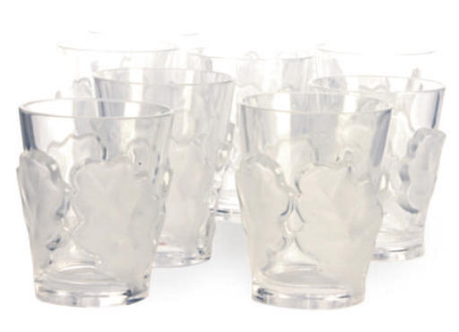 A SET OF NINE FRENCH GLASS TUM