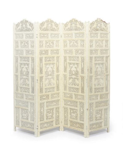 A WHITE PAINTED FOUR-PANEL SCR