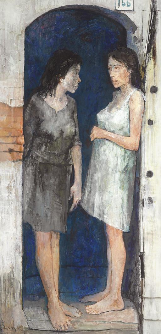 Femmes sous le porche