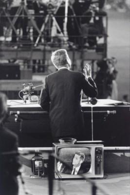 GARRY WINOGRAND (1928-1984)