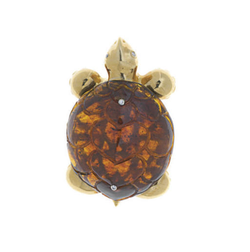 AN AMBER, DIAMOND AND 18K GOLD