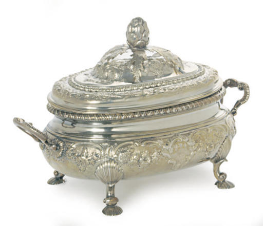 A GEORGE III SILVER TUREEN, CO