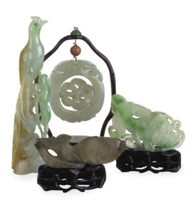 A GROUP OF CHINESE JADE AND JA