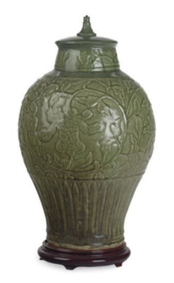A CHINESE CELADON TRUNCATED BA