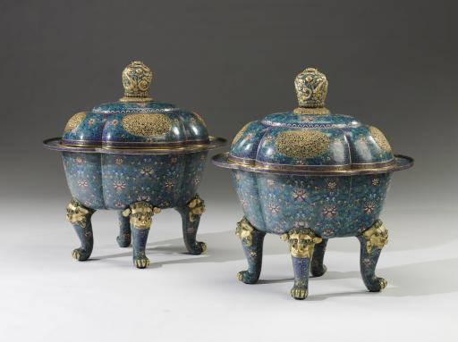 A PAIR OF LARGE CLOISONNE ENAM