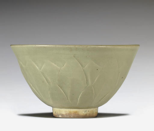 A YAOZHOU CELADON CARVED BOWL