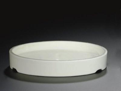 A BLANC-DE-CHINE SHALLOW CIRCU