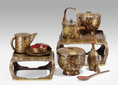 A Lacquer Set of Food Dishes