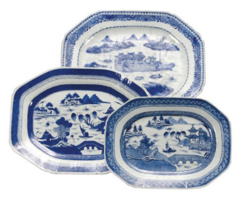 THREE CHINESE EXPORT BLUE AND