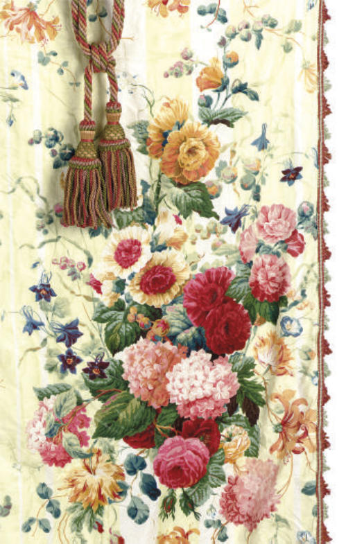 A SELECTION OF GREEN, ROSE, AN