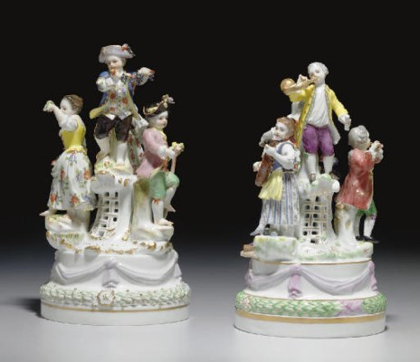 TWO MEISSEN FIGURE GROUPS OF R