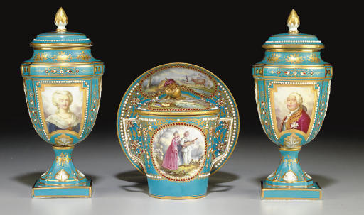 A PAIR OF SEVRES STYLE 'JEWELE