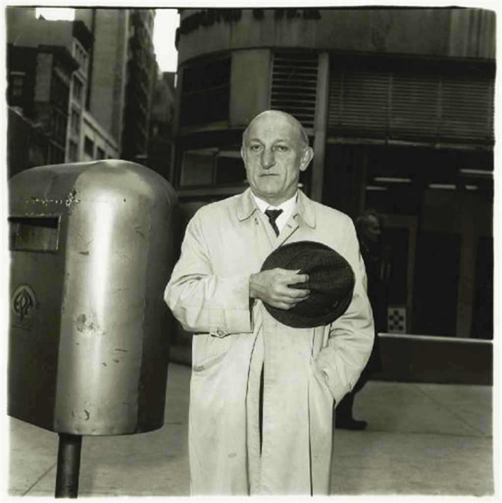 DIANE ARBUS (1923-1971)