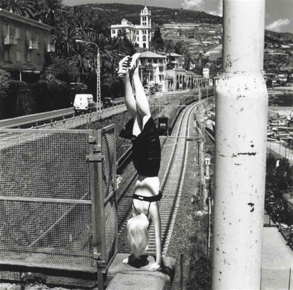 HELMUT NEWTON (1920-2004)