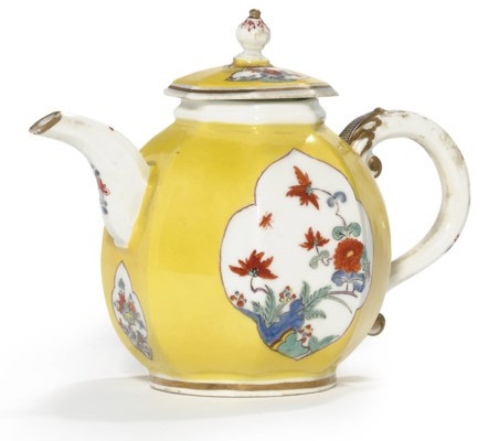 A MEISSEN KAKIEMON YELLOW-GROU