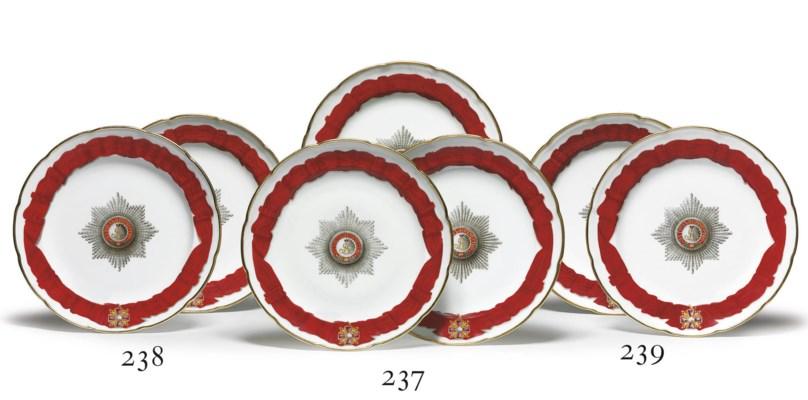 A Set of Three Dinner Plates f