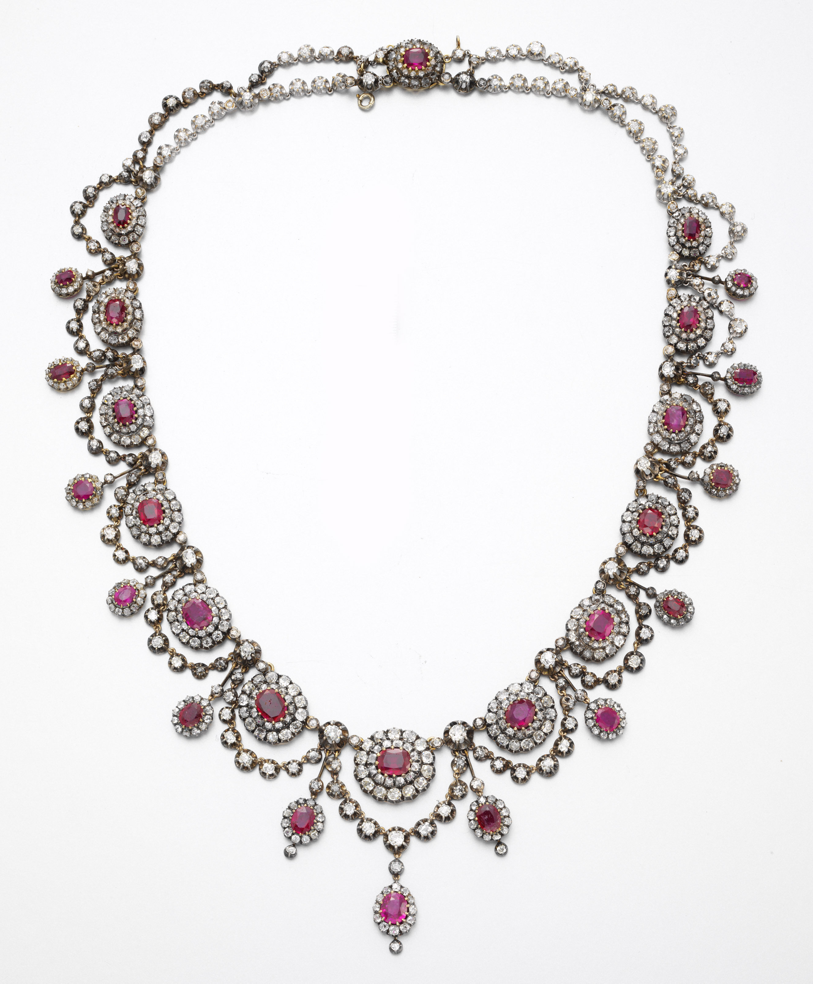 AN ANTIQUE RUBY AND DIAMOND NECKLACE | Christie's