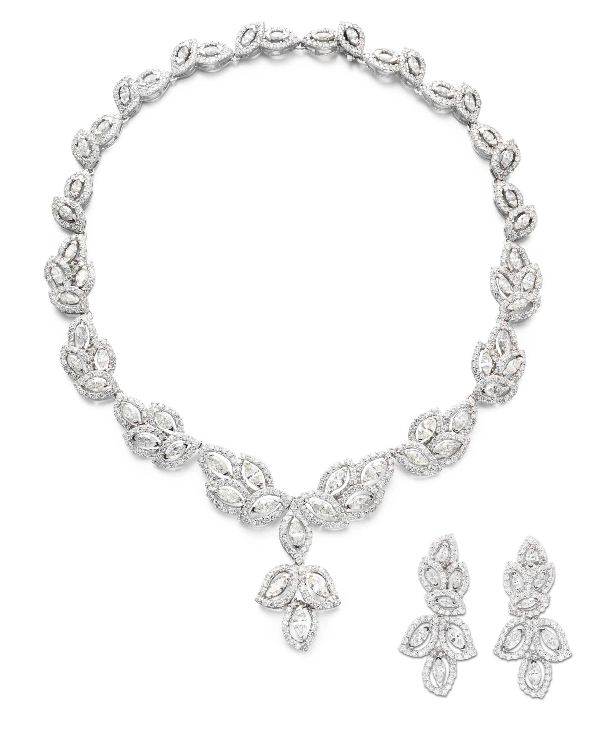 A SUITE OF DIAMOND JEWELRY