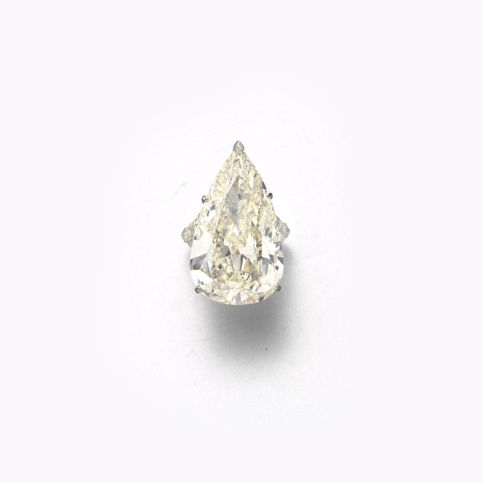 A DIAMOND RING, BY GERARD