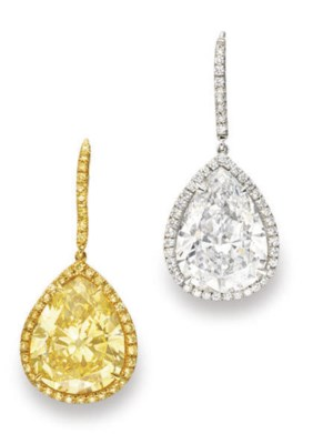 A PAIR OF EXQUISITE DIAMOND AN