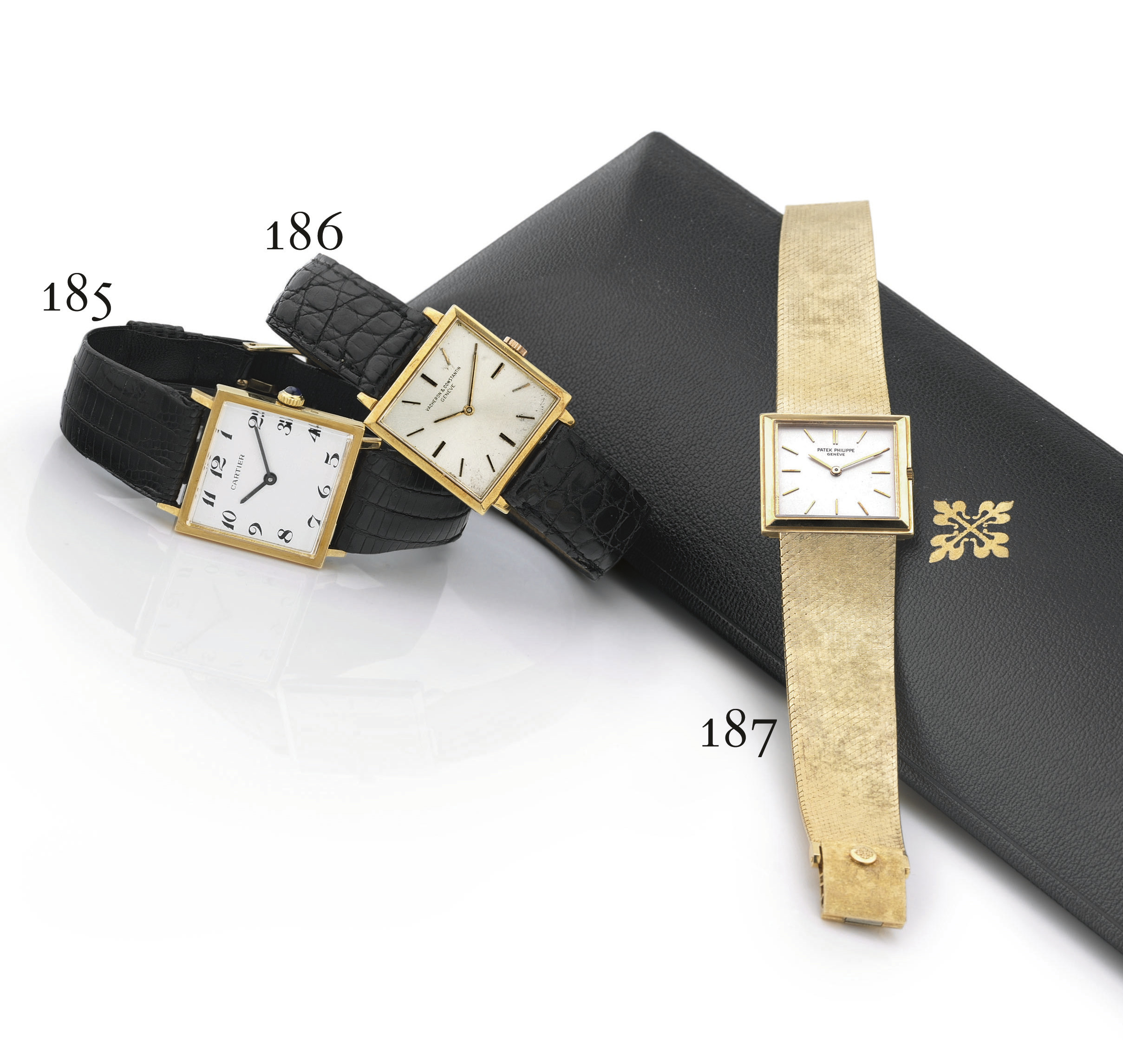 CONCORD. AN 18K GOLD SQUARE WR
