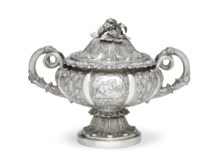 A GEORGE IV SILVER SOUP TUREEN