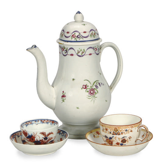 A GROUP OF ENGLISH PORCELAIN A